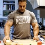 How a Bodybuilder Eats to Build Muscle | IFBB Pro Evan Centopani
